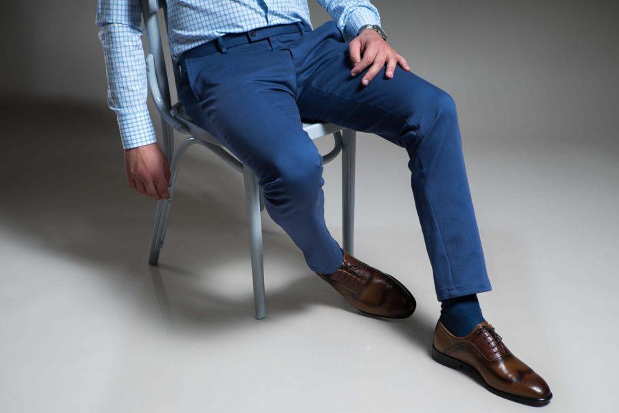 Pantaloni casual albastri